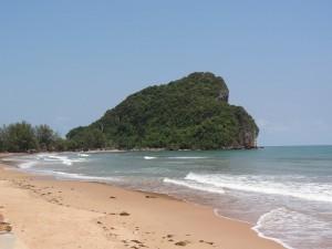 14.02.2013: 60 km nach Hat Ban Krut; Übernachtung an der Thung Maha Beach