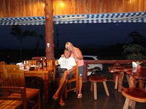 20.02.2013: Wir feiern Rainers Geburtstag allein in dieser Lodge und es ist traumhaft schön