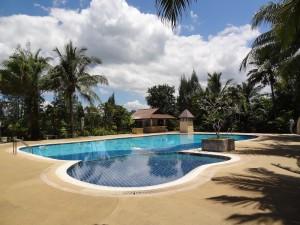 Zwischendurch auch mal ein wenig Luxus für uns: Hotelpool mit Panoramablick... für uns ganz allein